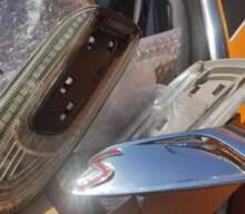MINI F56シーケンシャルウィンカーの交換方法